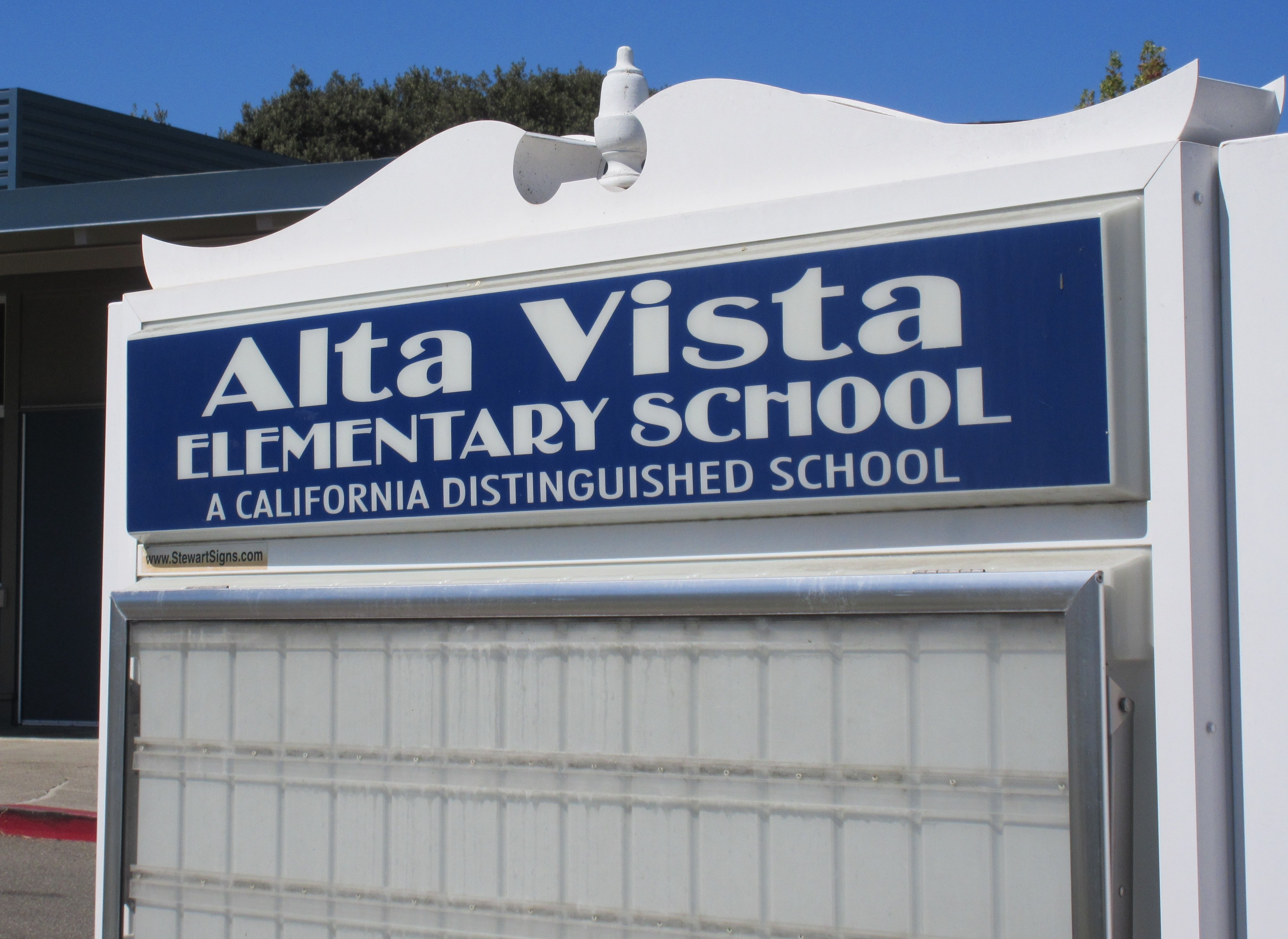 Alta Vista Elementary School Sign