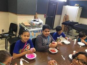 Kids in Collge--Arts & Crafts 2.JPG
