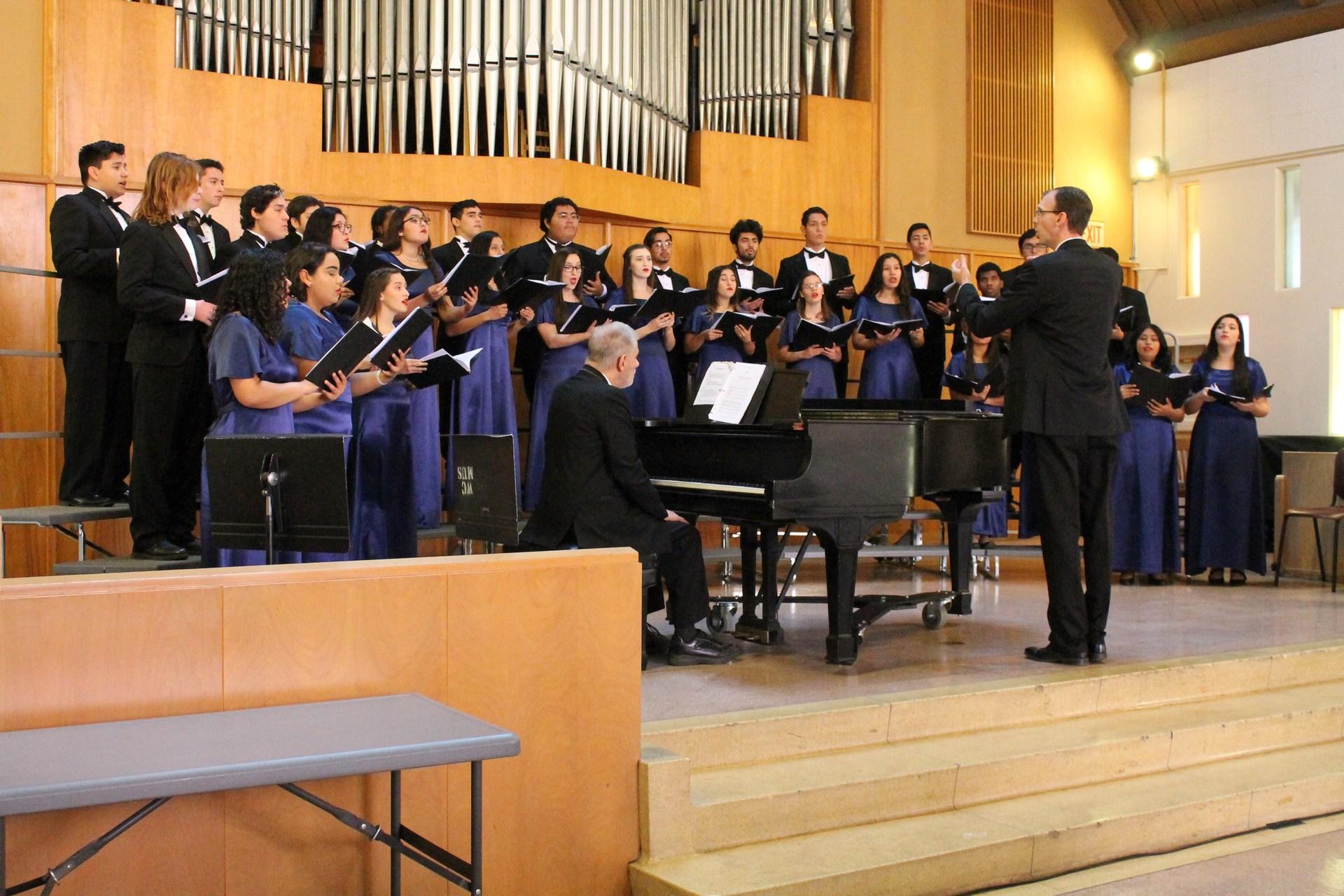 17-18 WUHSD Choir Festival CHS1- JS OWNER