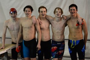 boys relay team