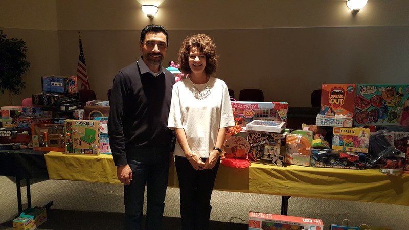 Franklin-McKinley District Staff Donate Toys to Children in Need Thumbnail Image