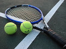 220px-Tennis_Racket_and_Balls.jpg