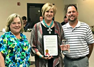 The Apple Corps program rewards excellence in teaching by honoring outstanding Mineral Wells Independent School District teachers. This is the District's highest and most elite recognition. Mineral Wells ISD seeks to honor exceptional classroom teachers who demonstrate leadership innovation and dedication to the students.