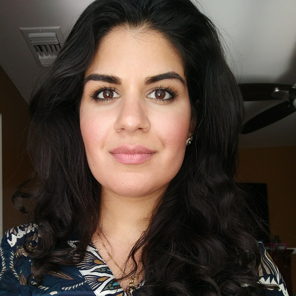 Lara Armani
