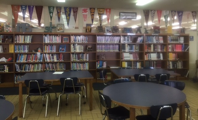 picture of library at JHS