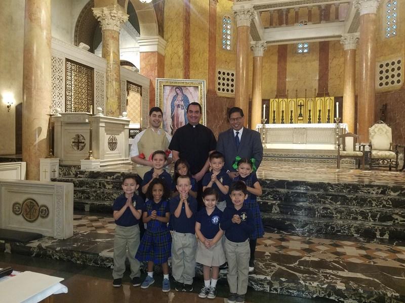 Univision 34 Visits St. Andrew Catholic School! Thumbnail Image