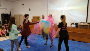 Chloe Krestchmer, Riley Morrow, Luke Werntz and Sayde Nichols color the principal 1.jpg