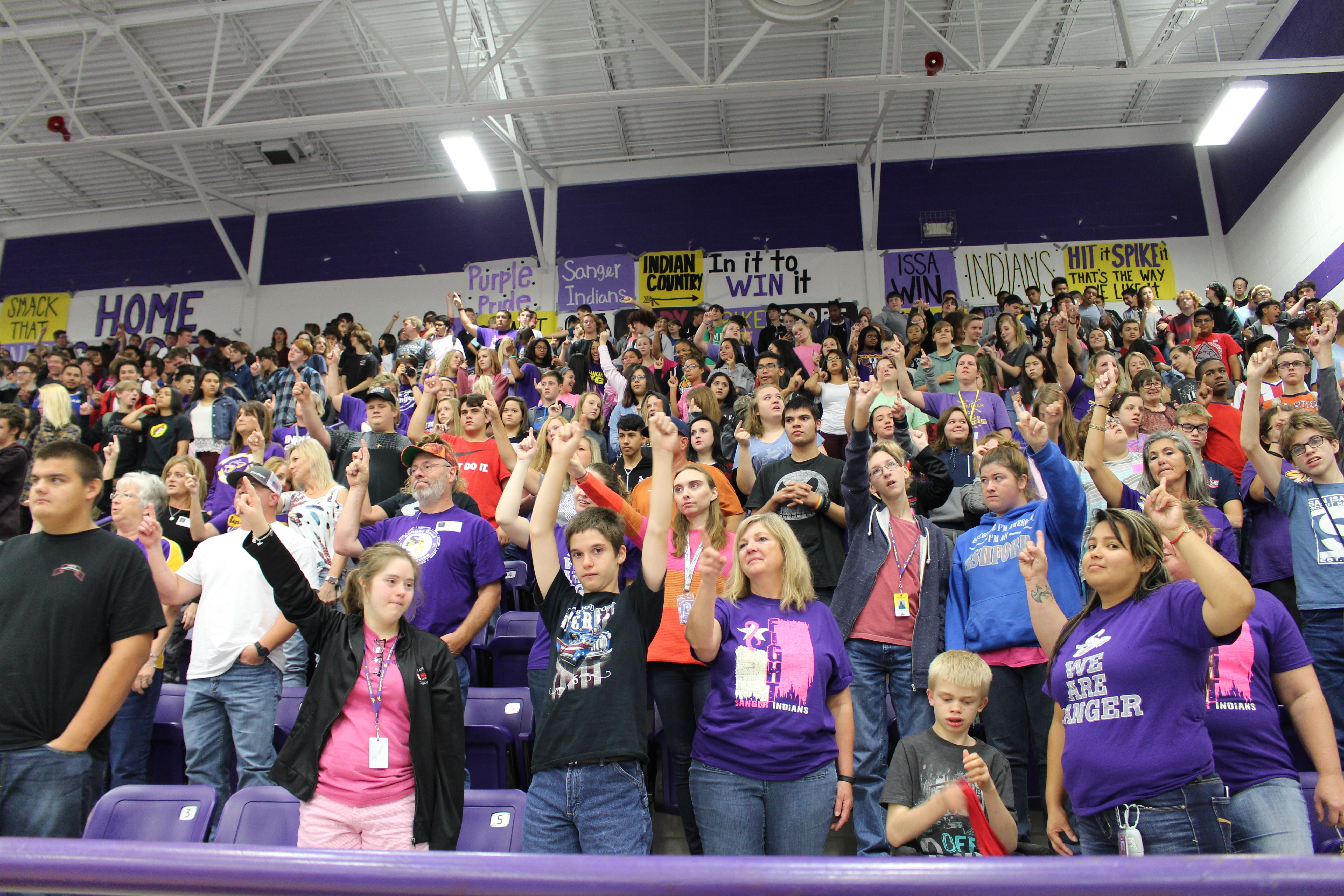 SHS Students Enjoy Pink Pep Rally
