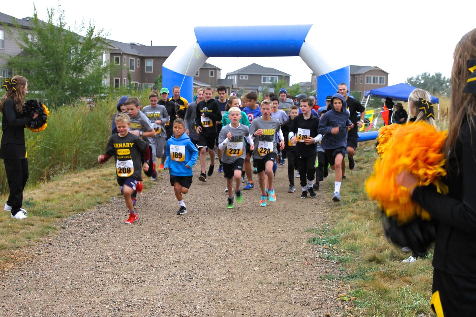 Race begins for Miner Gold Rush 4-mile