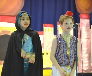 RB 4th grade students performing Aladdin