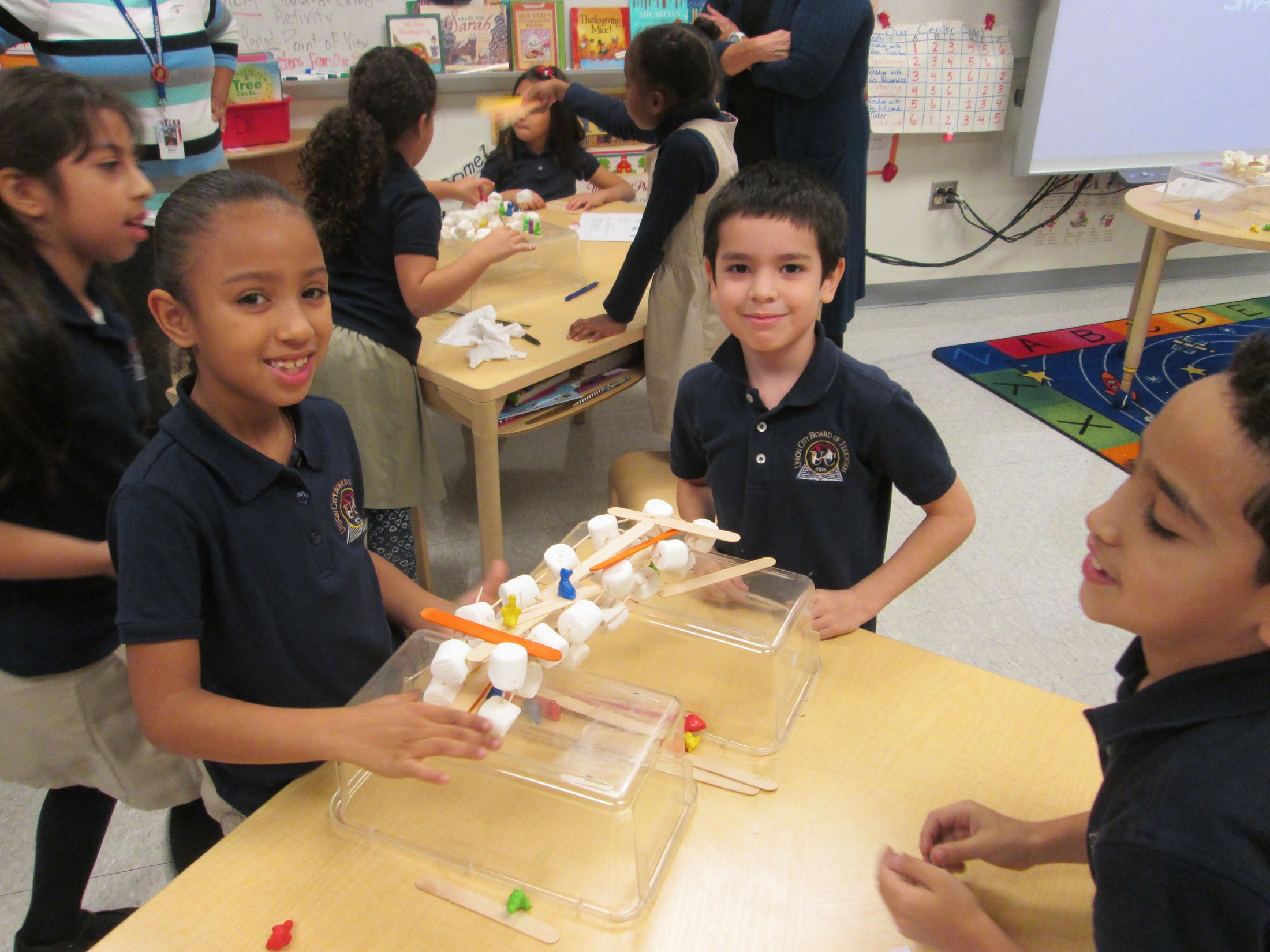 using marshmallows to recreate a cell