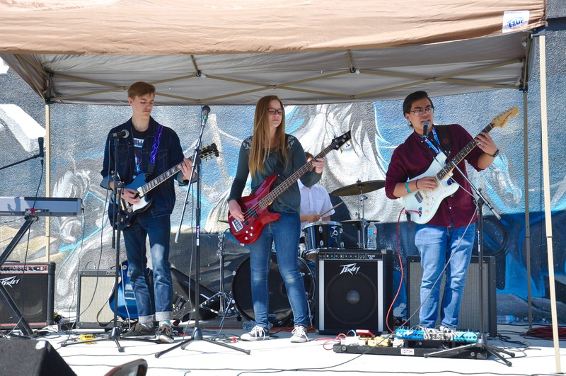 Diamond Bar High Commercial Music Program Rocks Featured Photo