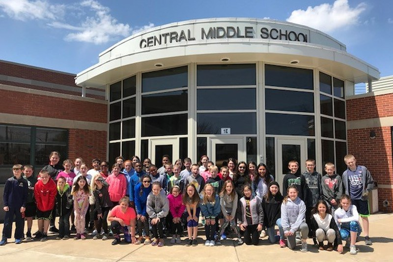Fifth-Grade Students Visit Central Middle School Thumbnail Image