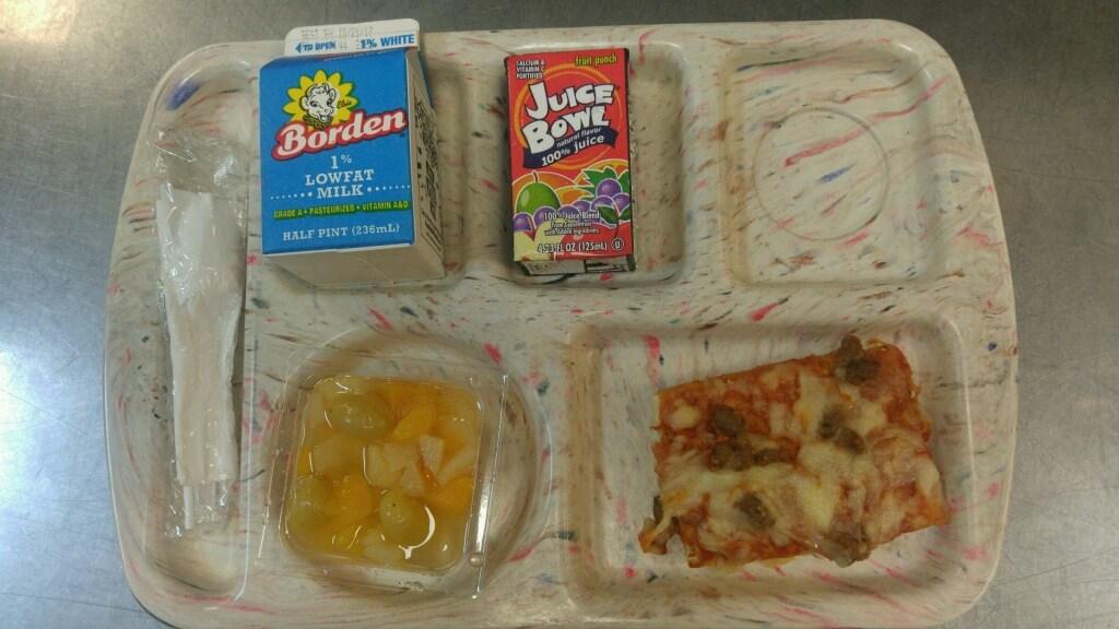 breakfast pizza breakfast tray