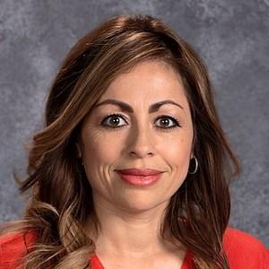 Elizabeth Valdez Robles's Profile Photo