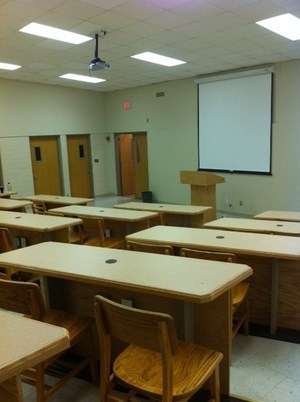 lecture room b, seats 40