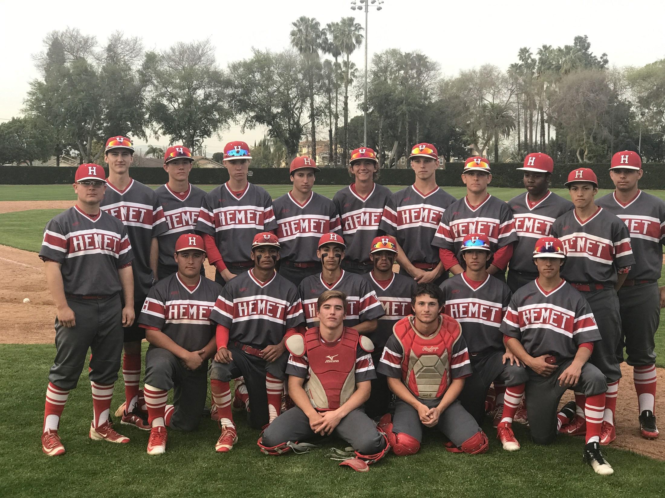 2017 Bulldogs - Newport Elks Costa Mesa Division Champs!