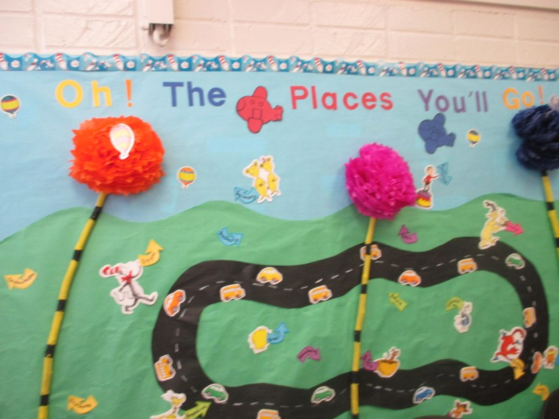 Nelson School Becomes a Multi-Cultural Community for Dr. Seuss' Birthday Featured Photo