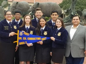 Pictured are: Amelia Perez, Ariana Pena, Leanna Pecina, Julissa Alvarez, Benito Garza, Jorge Calderon, Julian Arellano, and Sebastian Carrillo.