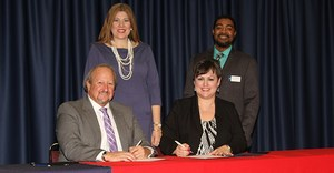 TISD LSCT-T sign TSA RCHS agreement for In the News 012417.jpg