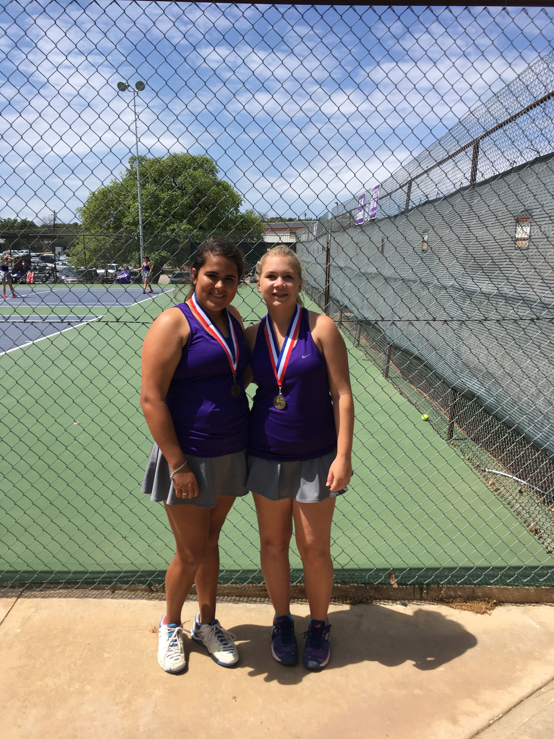 Makenna Palacio & Kenzie Ake - JV Girls Doubles Champs