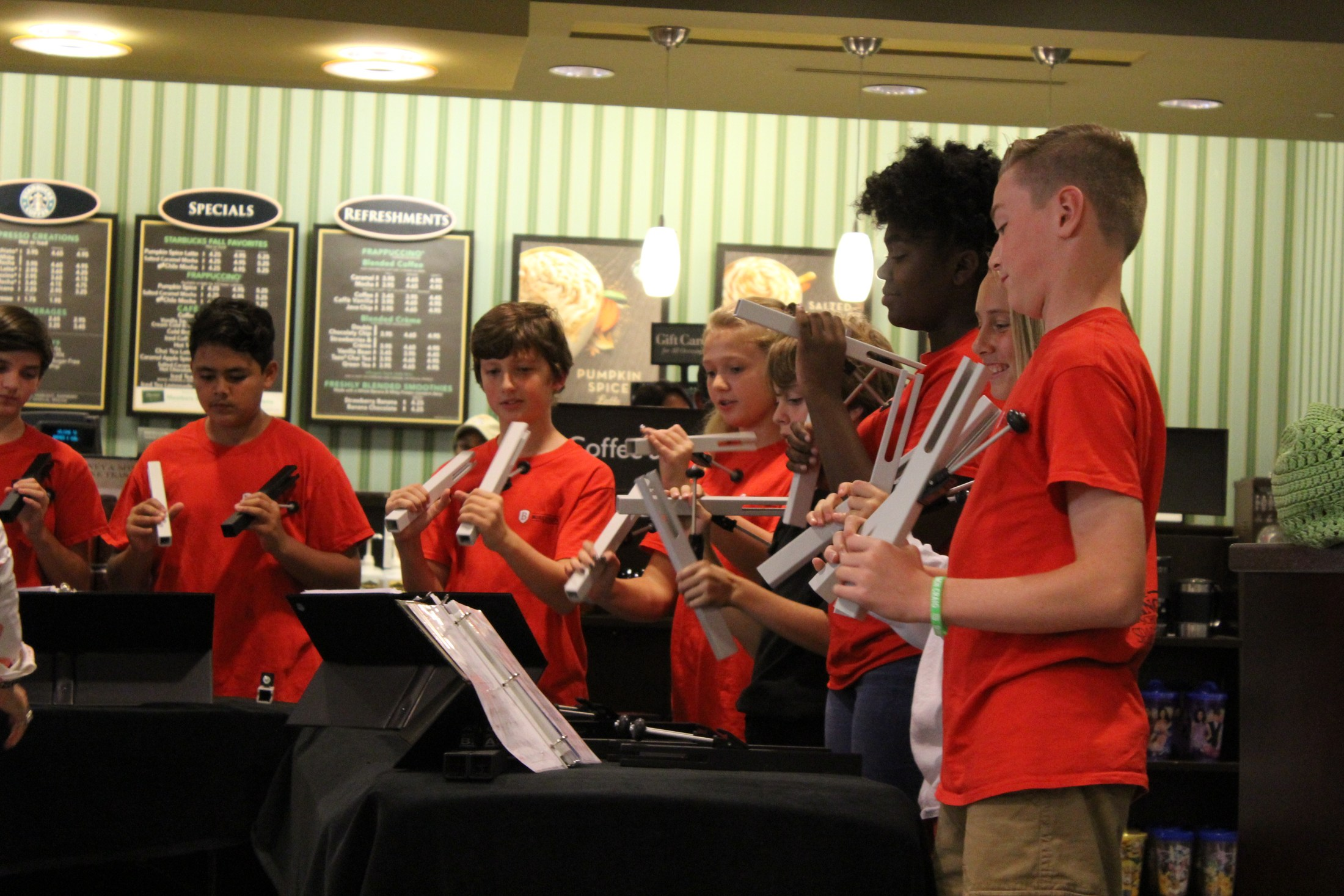 hand chimes students perform at barnes and noble night