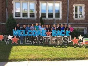 Welcome Back teacher photo 2017-2018.JPG