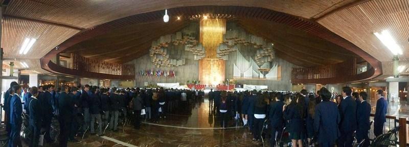 Pinecrest Institute visita a la Virgen de Guadalupe Thumbnail Image