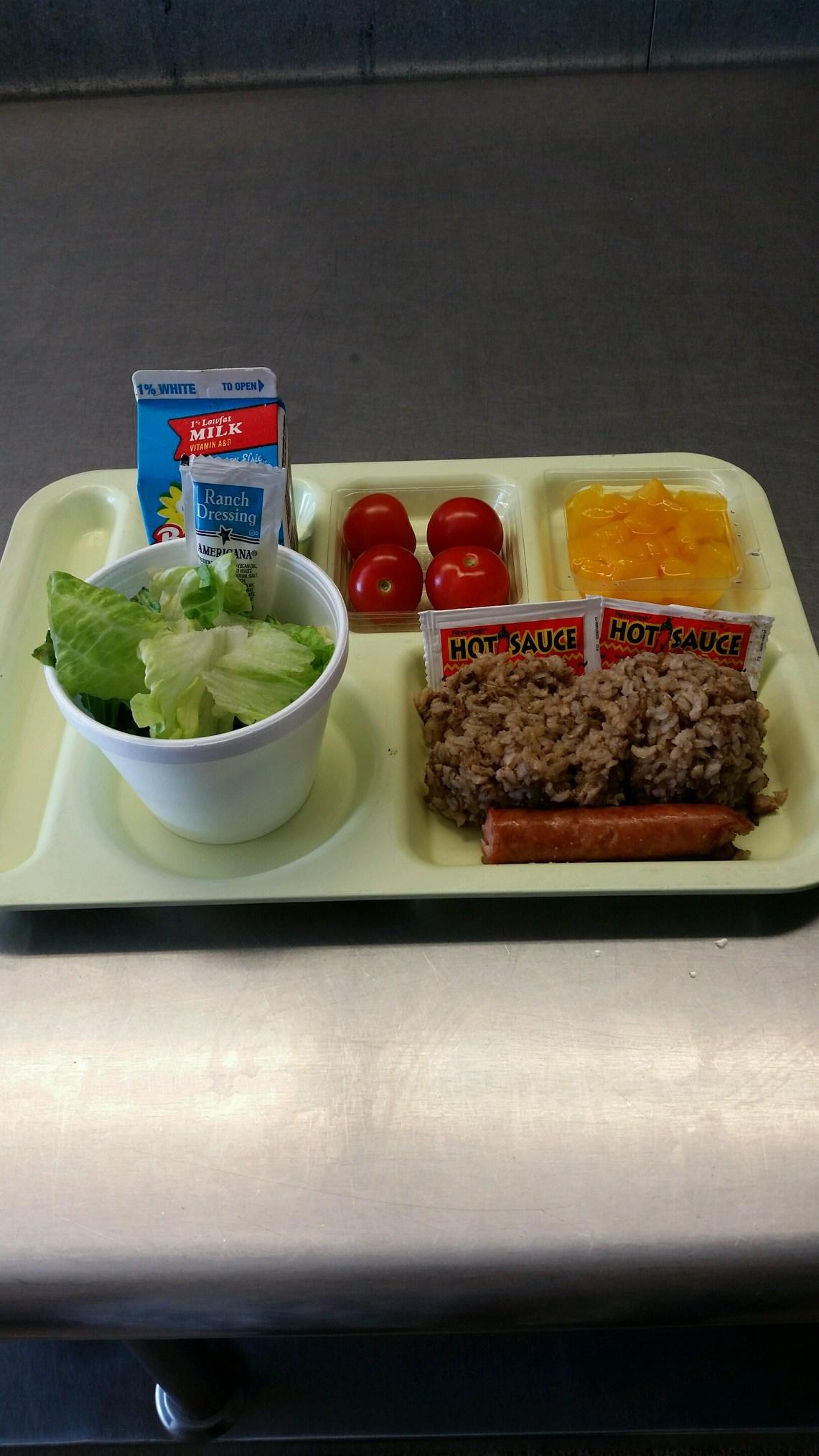 jambalaya lunch tray