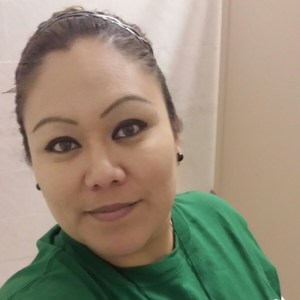 Jaqueline Flores's Profile Photo