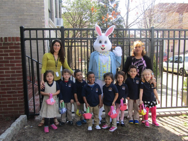 pre kindergarten class with the Easter bunny