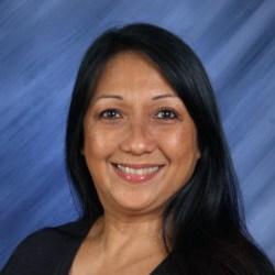 Rosalinda Castillo's Profile Photo