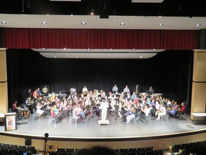 The TKHS concert band performs.