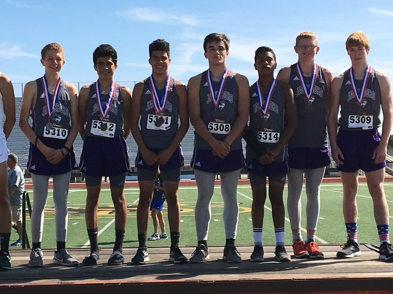 Tiger Cross Country Advances to Regional! Thumbnail Image