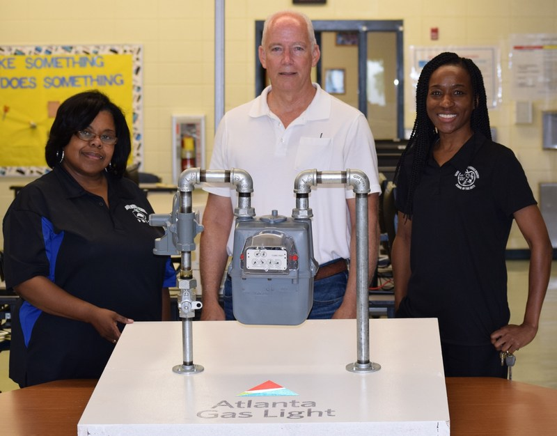Atlanta Gas and Light Partners with Radium Springs Middle Magnet School of the Arts Thumbnail Image