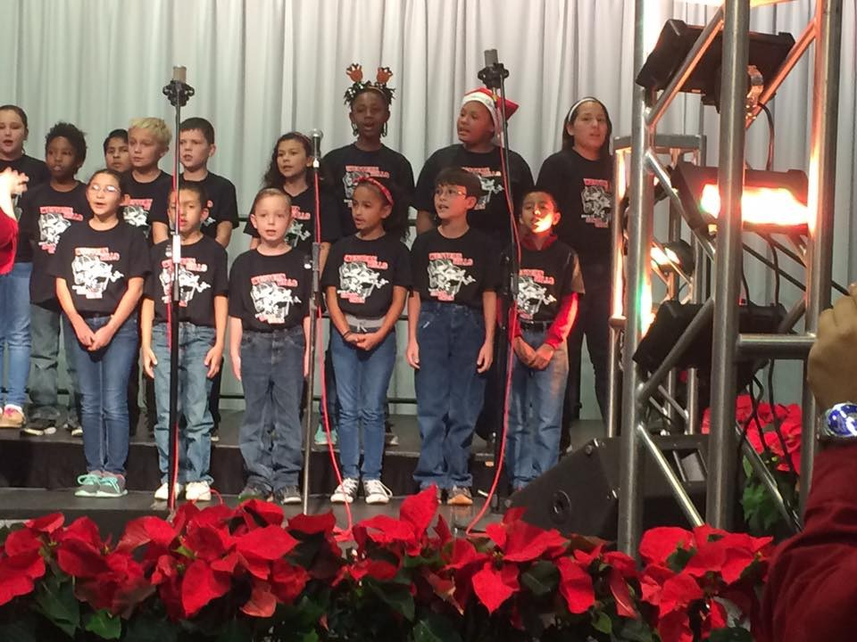 Honor Choir performs at H-E-B Feast of Sharing