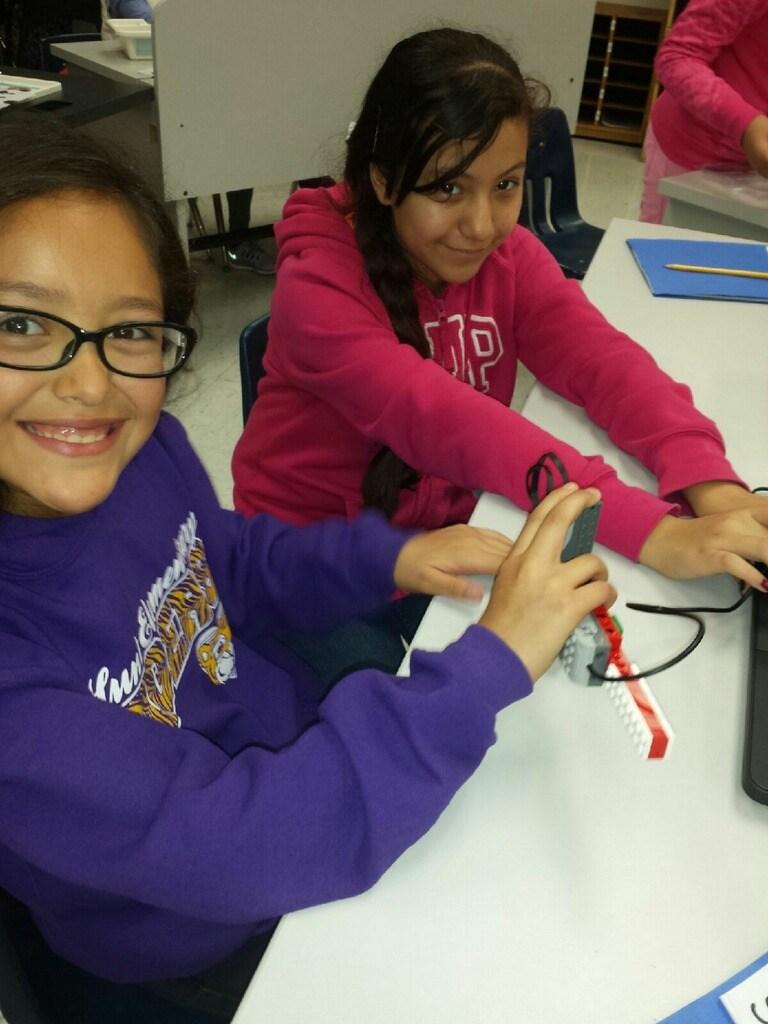 Students build lego robots