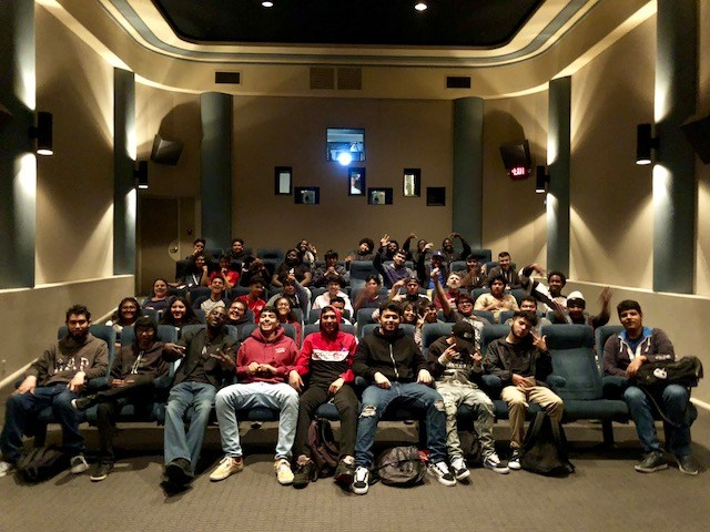 C:\DAGS 10th Graders Tour Warner Bros. Studio Featured Photo