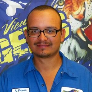Adalberto Flores's Profile Photo
