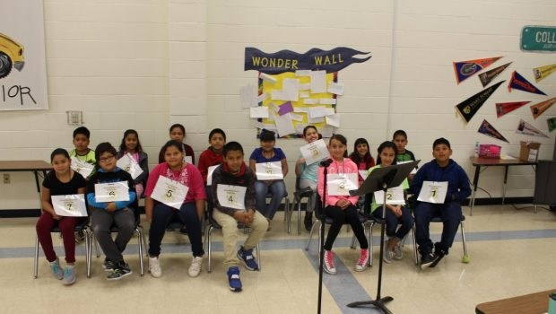 Spanish spelling bee participants