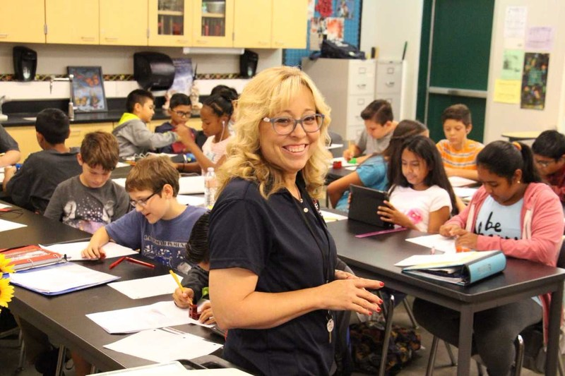 NLMUSD Educator Wins National Teacher Award - Kelly Garcia Earns PLTW Gateway Honor Featured Photo