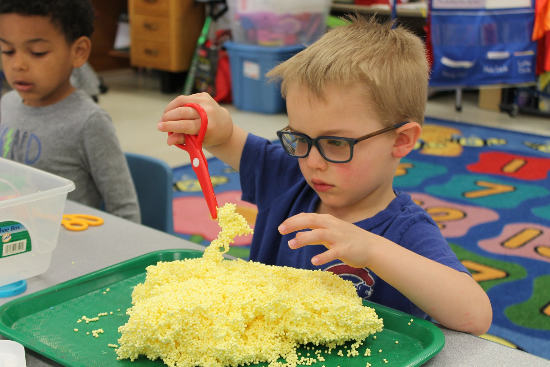 Science mixed with Sensory in Preschool