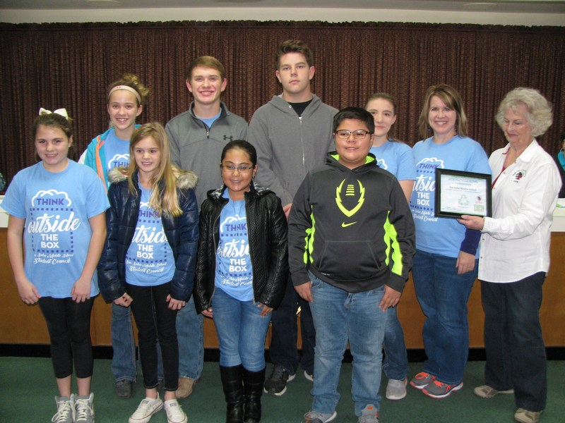 SSMS Students Receive Certificate