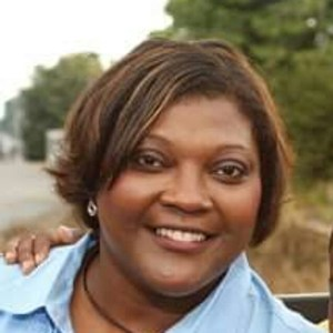 June  Powell`s profile picture