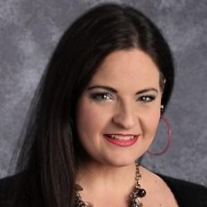 Shana Flores's Profile Photo