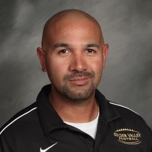 Carmelo Flores's Profile Photo