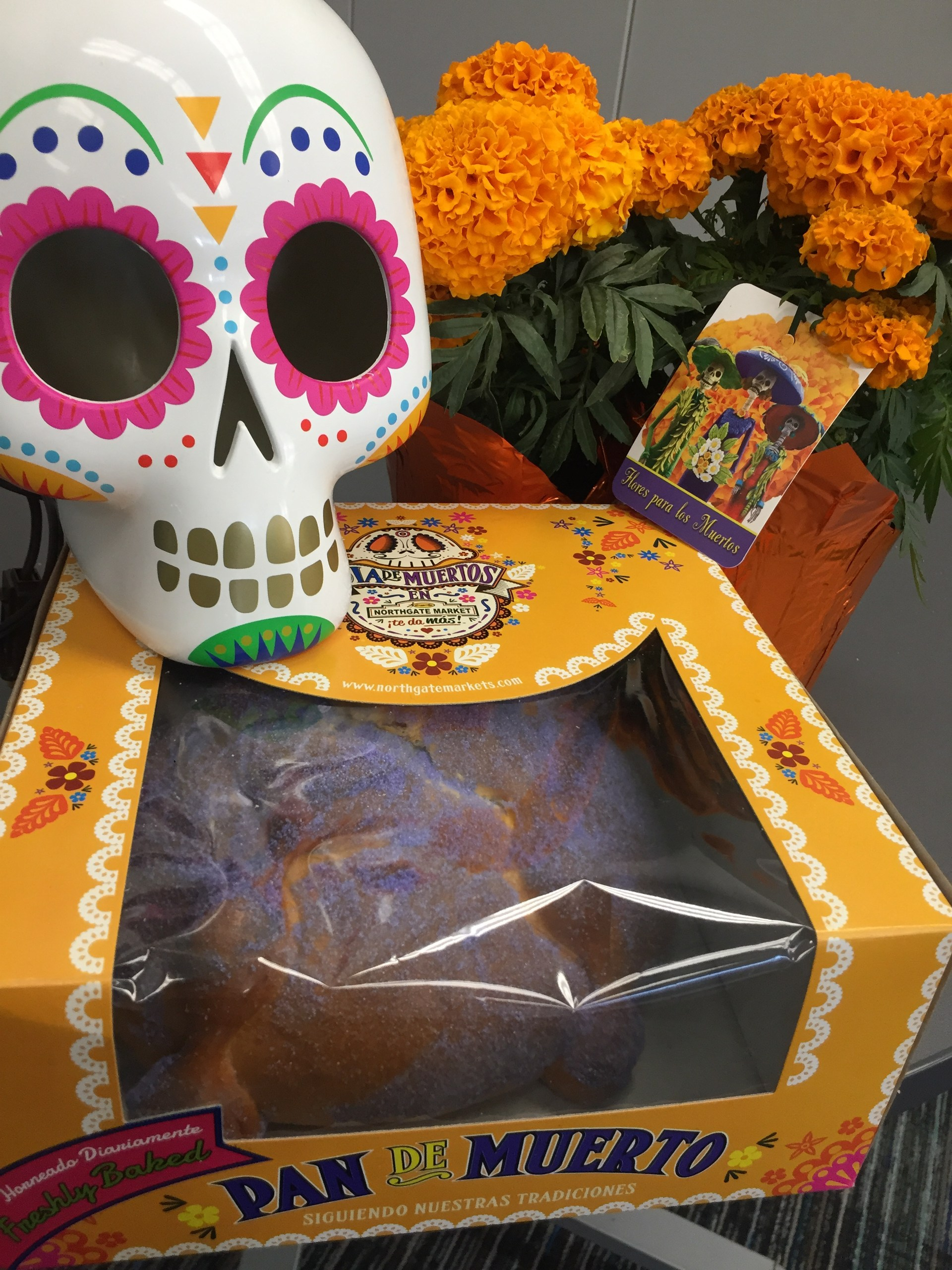 Pan de Muertos. Bread of the Dead.