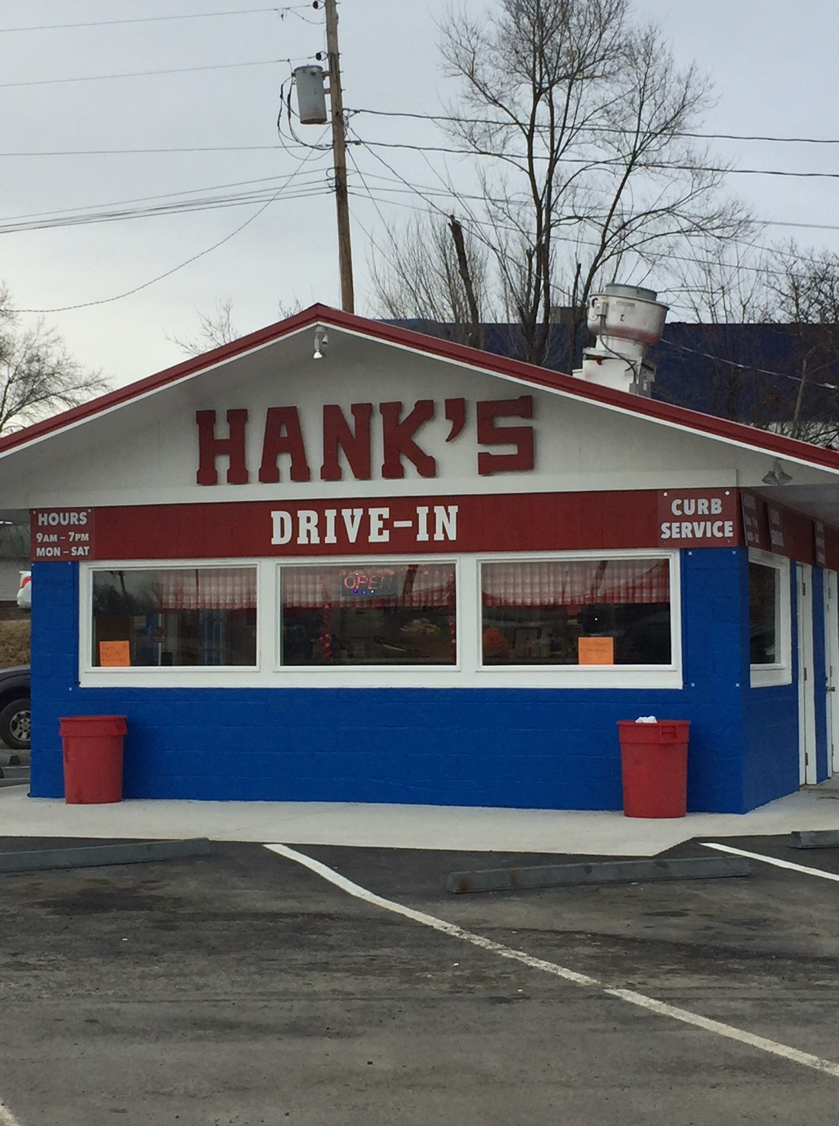 Hanks Drive-in Fairlawn