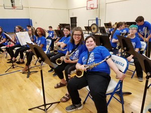 VMS Band students with instruments