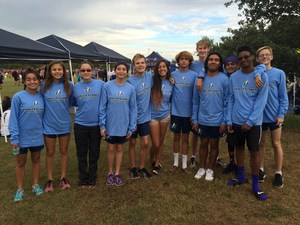 XC Team Pic at McNeil Meet.JPG